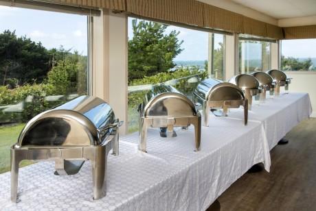 Surfrider Resort - Dining Area