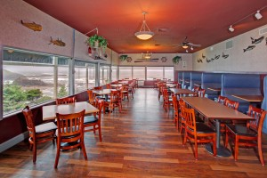 Surfrider Resort - Dining Room
